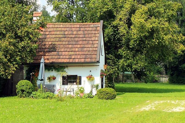 Comment installer votre abri de jardin en résine